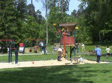 Houpačky a lanové herní prvky