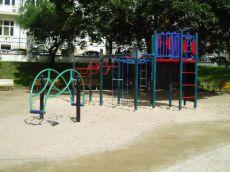 Dětské hřiště v Havlíčkových sadech