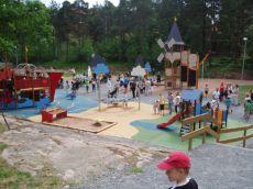 Dětská hřiště a prolézačky ve Švédsku